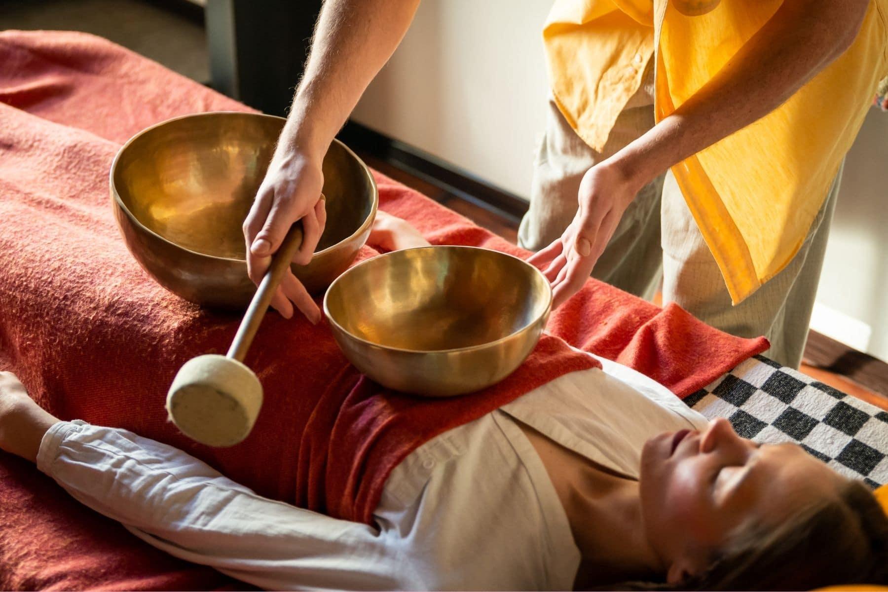 masaje de cuencos tibetanos